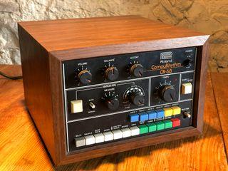 Caja de ritmos Roland CompuRhythm CR-68