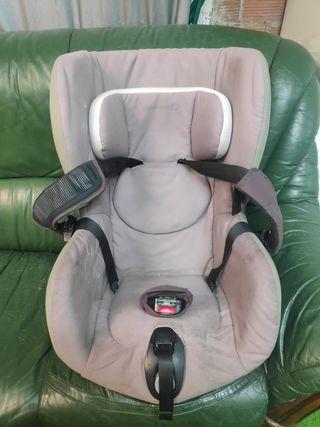 Silla de coche Axiss Bebé Confort 90 grados