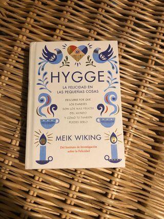 """Libro """"Hygge: la felicidad en las pequeñas cosas"""""""