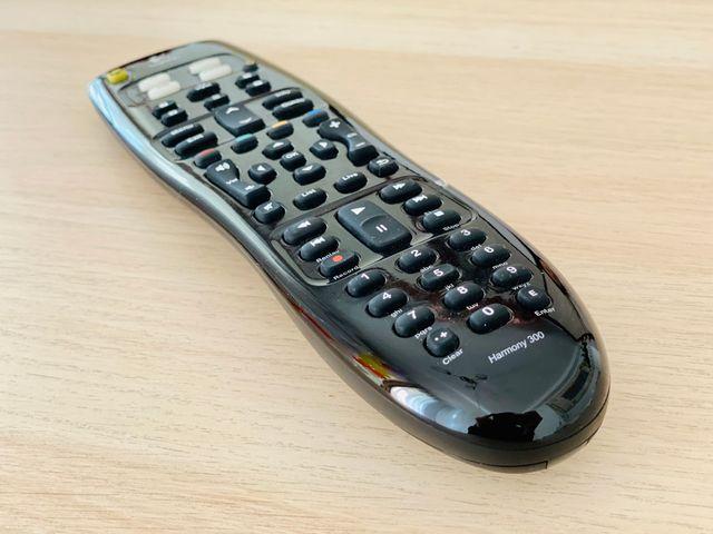 Logitech Harmony, mando distancia remoto universal