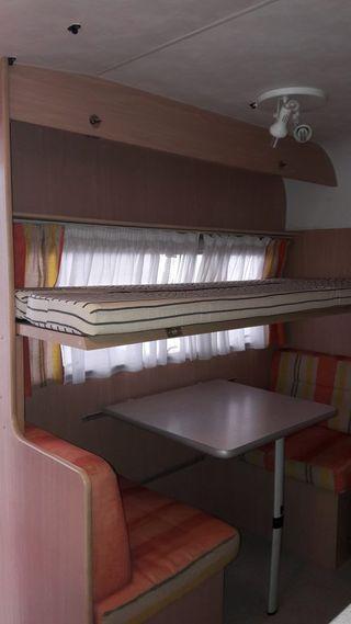 CARAVANA ACE CHAMPS 330 DD (-750KG)