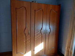 se vende armario 3 puertas