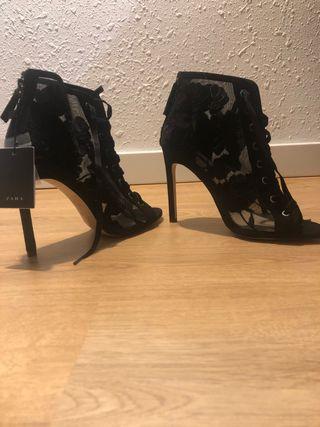 Sandalia botín Nuevo Zara