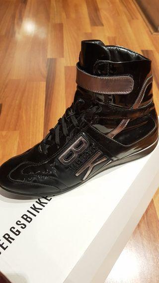 BIKKEMBERGS Zapatillas negras