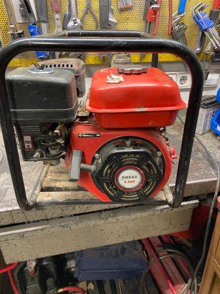 Moto bomba gasolina