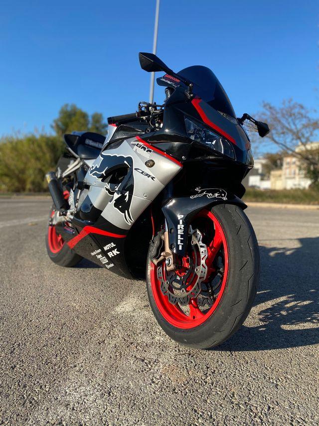 Honda cbr 1000rr