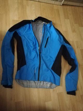 chaqueta impermeable BTT