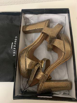 Sandalias plataforma doradas