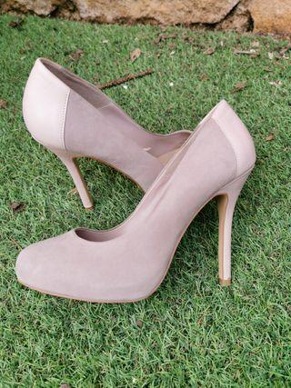 Zapato tacón rosa combinado