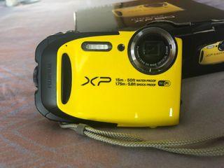 Cámara Fujifilm XP80 agua