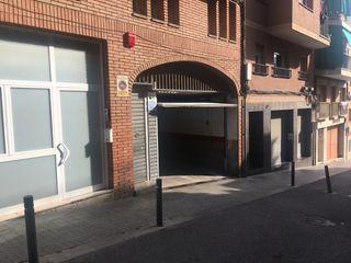 Plaza parking alquiler Sta.Coloma c/ Bruc