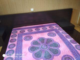 Tatami de color madera cama matrimonio