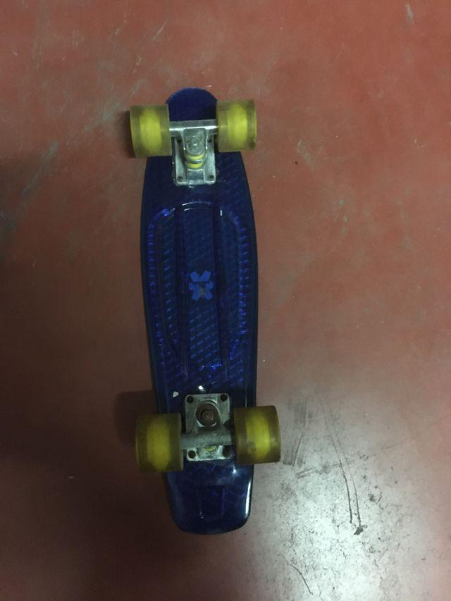 Monopatín skate PENNY color azul
