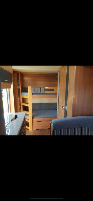 Caravana hobby 490 kmf