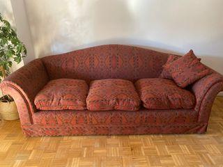 Sofá estilo antiguo