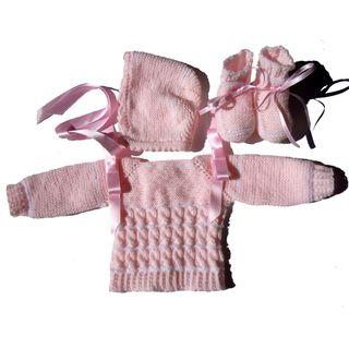 Conjunto de punto bebé recién nacido blanco y rosa