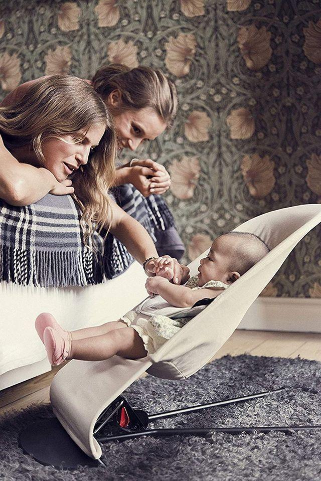La silla mecedora de bebé
