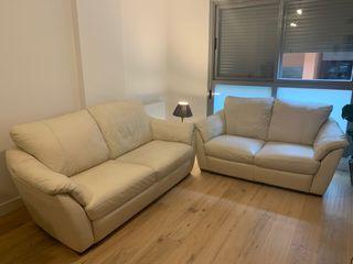 Conjunto sofás 3+2 - Sofá piel IKEA - Color Crema