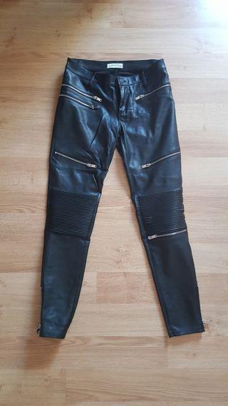 Pantalon Zara(abrigo,bolso,reloj,zapatillas,botas