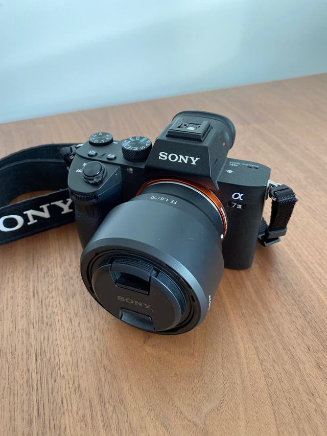 Sony Alpha 7 iii - solo el cuerpo