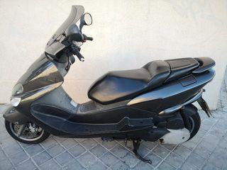 vendo Yamaha majesty 125 y