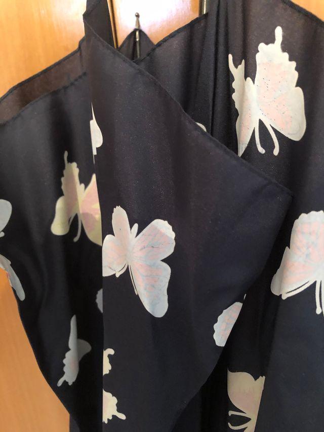 Paraguas azul marino mariposas con efecto al agua