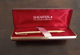 bolígrafo SHEAFFER chapado en oro.Medium.