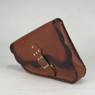 ALFORJA LATERAL SPORTER tapa recta / color marrón