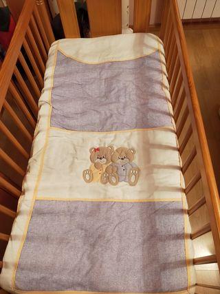cuna bebe,colchón, edredon, almohada y sabanas