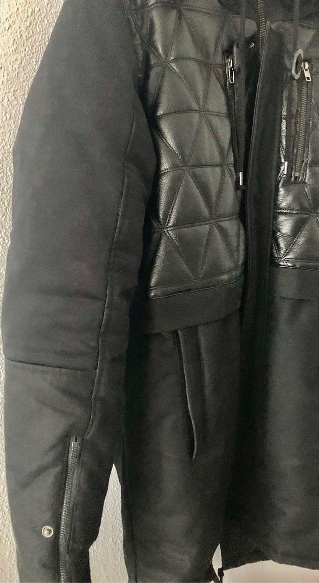 Abrigo Black Kaviar
