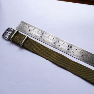 Correa de reloj verde militar NATO 18 mm