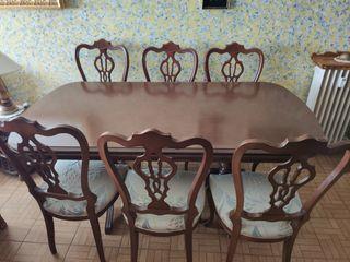 conjunto de mesa y 6 sillas de madera