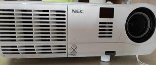 proyector NEC con entrada audio