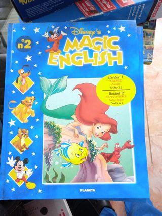 16. Libro de Disney's en Inglès para niñas y niños