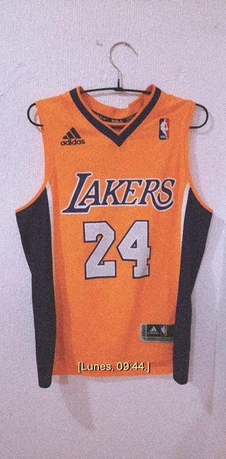 camisa Lakers. Kobe Bryant 24