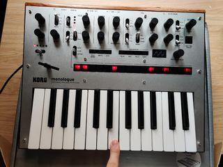Sintetizador Korg Monologue