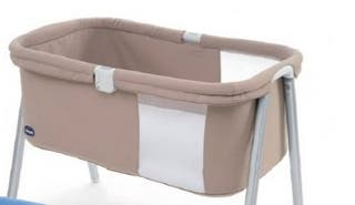 Mini cuna Chicco color beige