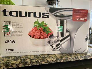 Picador de carne TAURUS