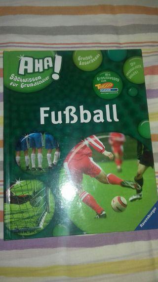 FUSSBALL- Libro en alemán sobre fútbol