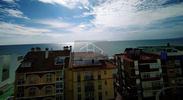 Estupendo Ático en Alquiler de Larga Temporada (Rincón de la Victoria, Málaga)