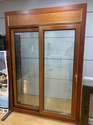 Puerta corredera aluminio / madera