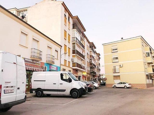 Piso en venta en Campillos (Campillos, Málaga)