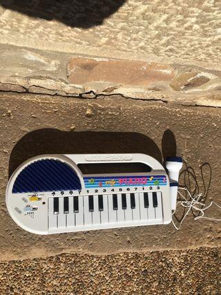 Juguete piano