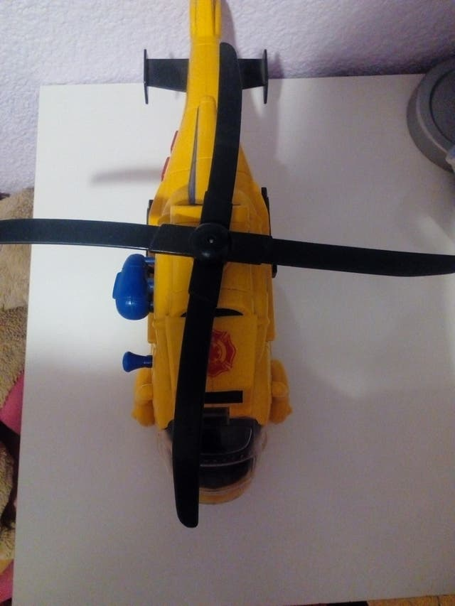 Juguete helicóptero de rescate