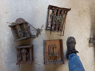 lote 4 antiguos restos de maquinaria de reloj