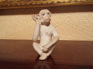 Figuras de monos