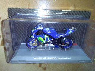 Maqueta Yamaha M1 VR 2.015