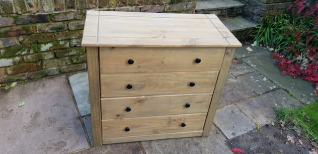 anns 4 drawers chest