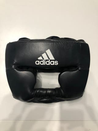 Adidas casco boxeo