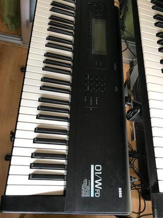 Sintetizador Korg 01/W FD